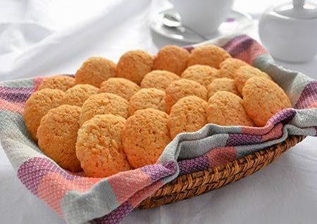 Biscotti al cocco e sesamo