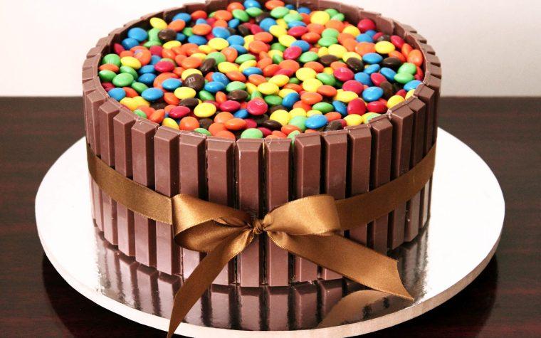 Torta Kit Kat