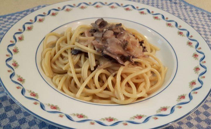 VideoRicetta: Spaghettoni con Radicchio Trevigiano e Gorgonzola