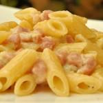 Penne gorgonzola e prosciutto